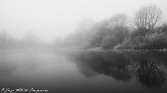 lough mist1bw.JPG