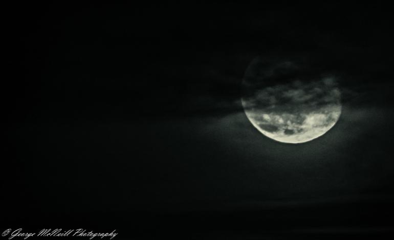 moon full 3.JPG