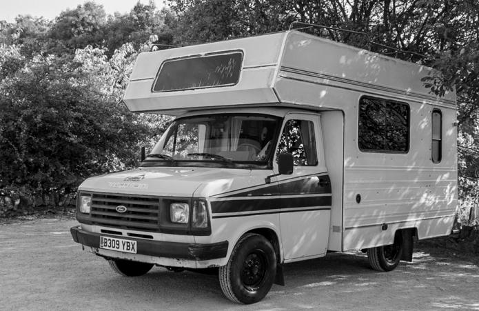 b&w5 van-1.JPG
